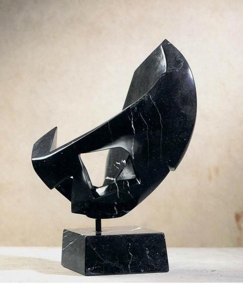 diastole, marmo Nero Marquina cm.58.43.29 1998 (diastole – Marquina Black marble)