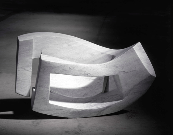 cruna marmo di Carrara, cm. 68.120.55    2000  (eye of the needle Carrara marble)