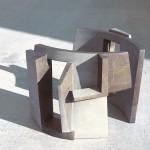 atrio - marmo Collemandina, due elementi di cm. 49.68.34    2005  (atrium - Collemandina marble)