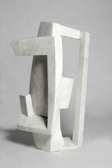 ritratto industriale VII pietra Bianco Perla, cm.95.42.64 2008 (industrial portrait VII – Bianco Perla stone)